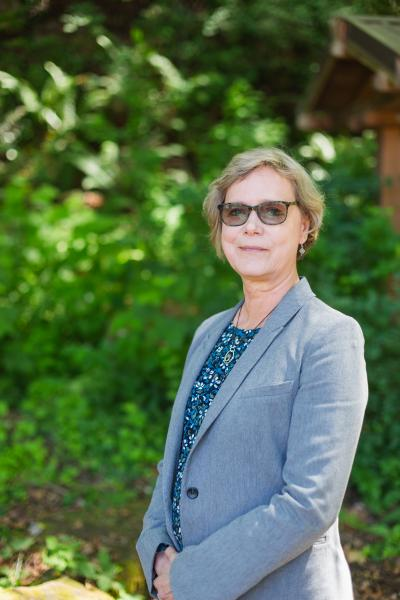 Vicki Hamblin will retire as executive director for Western's Institute for Global Engagement at the end of this summer.